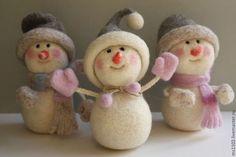 Новый год 2017 ручной работы. еще СНЕГОВИКИ. Марина Шумская (ms1102). Интернет-магазин Ярмарка Мастеров. Снеговик, валяная игрушка