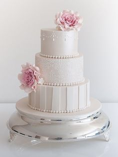 Daily Wedding Cake Inspiration (New!). To see more: http://www.modwedding.com/2014/08/07/daily-wedding-cake-inspiration-new-8/ #wedding #weddings #wedding_cake Featured Wedding Cake: COCO Cakes Australia
