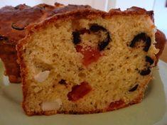 Cake aux olives noires et à la feta