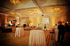 Consider using AV like this at your wedding, to share with guests the ceremony that happened in Los Cabos.  Photo: Laura Parent Photography