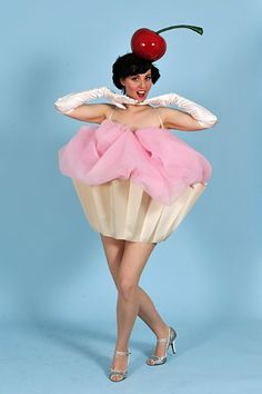 When i open up a cup cake shop im going to make one of my employees wear this Cup Cake costume!(: Lindsay