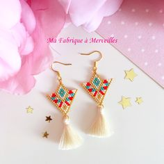 Diamond shape seed bead earrings: matte black, cream, and gold-miyuki delica seed beads with gold vermeil ear wires Brick Stitch Earrings, Seed Bead Earrings, Beaded Earrings, Beaded Jewelry, Handmade Jewelry, Bracelet Patterns, Beading Patterns, Beading Ideas, Jewelry Patterns