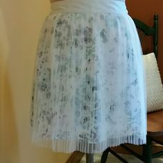 Laren Conrad Pleated Tulle Skirt So cute floral skirt in shades of blues, greens, and purples with a pleated tulle overlay (3 layers pic 4). Light mint satin waist with elastic waistband in the back. So much better in person! 100% polyester 17 inches from waist.   FREE BRACELET LC Lauren Conrad Skirts A-Line or Full