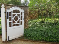 UVA garden gate, University of Virginia garden, Thomas Jefferson garden design, brick wall and ivy, Chippendale white gate Backyard Gates, Garden Gates And Fencing, Fences, Fence Gates, Driveway Gate, Wooden Gate Designs, Wooden Gates, Garden Structures, Outdoor Structures