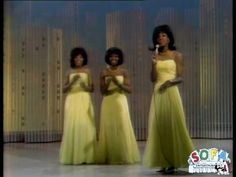 """Martha & The Vandellas - """"Dancing In The Street"""" (1964) - as performed on the Ed Sullivan Show in 1965"""