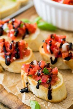 to make Bruschetta! This is the best Bruschetta recipe, and it's so easy! Best Bruschetta Recipe, Bruschetta Bread, How To Make Bruschetta, Potluck Dishes, Potluck Food, Potluck Ideas, Dinner Ideas, Appetizer Recipes, Italian Appetizers
