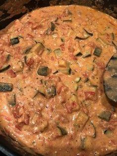 Tomaten-Zucchini-Feta-Soße 1