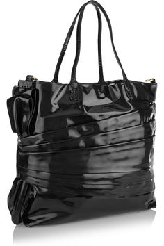 first rate ab0dc a4011 ValentinoPleated patent-leather toteback Lackskor, Valentino