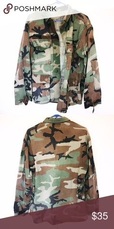 Authentic Vintage BDU Camo Jacket 💎 Perfect vintage condition.    ⚖ Price Firm. Bundle for Discount ⚜Top Seller. No Trades.  📬 Quick Shipping. Vintage Jackets & Coats Military & Field