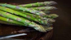 Comment réussir la cuisson des asperges ? : Femme Actuelle Le MAG
