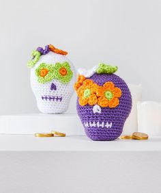 Yarnspirations proudly offers the largest online craft yarn selection including all types of Red Heart Amigurumi Yarn. Shop our collection & buy Red Heart Amigurumi Yarn. Crochet Skull Patterns, Halloween Crochet Patterns, All Free Crochet, Crochet Yarn, Crochet Toys, Crochet Afghans, Amigurumi Doll Pattern, Amigurumi Toys, Scrubby Yarn