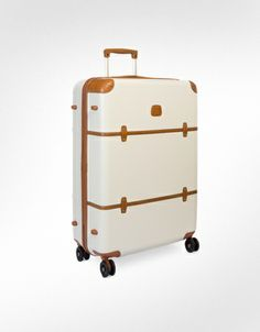 We love the look of this Bric's suitcase!  So stylish!