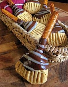 WITCH'S BROOMSTICK COOKIES Ingredients: 1/2 cup packed brown sugar 1/2 cup butter, softened 2 tablespoons cream or milk 2 teaspoons vanilla 1 1/2 cups all-purpose flour 1/4 teaspoon salt 20 pretzel rods, about 5 inches long 2 teaspoons butter 2/3 cup semisweet chocolate chips 1/3 cups white chocolate chips, melted RECIPE https://www.facebook.com/photo.php?fbid=10152765910271667&set=oa.1467820606839866&type=3&theater
