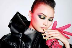 He-Cong-Makeup-Vogue-China-Editorial01.jpg