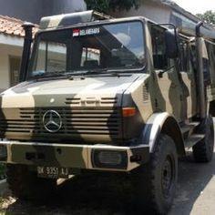 Jual Unimog Truck Mercedes Plat Hitam - BANDUNG