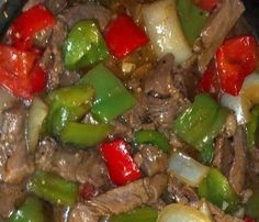 Crock pot Pepper Steak: You'll Need: 16 oz of beef stew meat. 2 of each bell peppers. Of worcestershire sauce. 1 tsp of minced garlic. 1 can of beef broth. 1 can of stewed tomatoes. 1 all-purpose flour. Steak Recipes, Slow Cooker Recipes, Cooking Recipes, Easy Recipes, Crockpot Recipes, Delicious Recipes, Stew Meat Recipes Quick, Skinny Recipes, Cooking Games