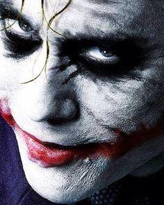 The Joker - Heath Ledger Batman Arkham City, Joker Batman, Joker Art, Gotham City, Batman Hero, Batman Robin, Fotos Do Joker, Joker Pics, Joker Pictures
