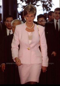 成田空港に到着したダイアナ妃 1995年2月6日 (c)Kaku Kurita