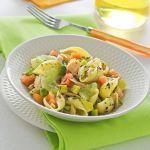 Con questa sfiziosa pasta fredda, facile da preparare, porterai in tavola il gusto e la freschezza della frutta esotica. Segui la ricetta di Sale