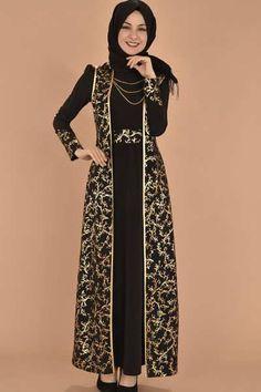 😍😍 loves it Batik Muslim, Kebaya Muslim, Muslim Dress, Batik Fashion, Abaya Fashion, Modest Fashion, Fashion Dresses, Hijab Evening Dress, Hijab Dress Party