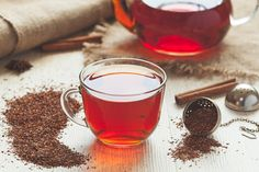 4 Reasons Why You Need to Savor Rooibos What Is Rooibos Tea, Oolong Tea, Thé Rooibos, Cinnamon Tea Benefits, African Herbs, Cheers, Best Tea, Drinking Tea, Food Network Recipes