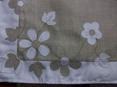 Feira de Gramado -RS_01 by GraphArtes by Sandra, via Flickr Applique Patterns, Applique Quilts, Applique Designs, Quilting Designs, Quilt Patterns, Cutwork Embroidery, Hand Embroidery Designs, Embroidery Stitches, Machine Embroidery