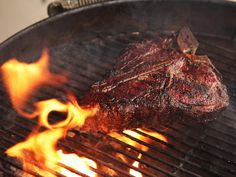 Charcoal vs. Gas grills: which one wins?