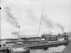 DigitaltMuseum - Salutt på fjorden Keiser Wilhelms flåte ca 1908 på Havnen