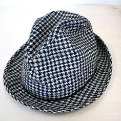 vintage houndstooth hat...owwwww!