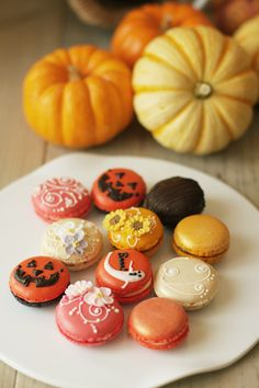 Macarons, Halloween version.