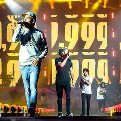 One Direction // Vancouver • (7.17.15) - @Tati1D5