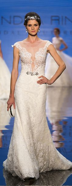 Alessandra Rinaudo Bridal Couture 2017 Collection. Wedding dress made of beading lace and jewel belt. www.alessandrarinaudo.it