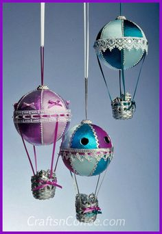 Handmade Christmas Ornaments for gift giving -- DIY Hot Air Balloon Christmas Ornaments on CraftsnCoffee.com.
