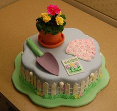 Cakes To Make, Fancy Cakes, How To Make Cake, Garden Birthday Cake, Birthday Cakes, Mum Birthday, Birthday Parties, Fondant Cakes, Cupcake Cakes
