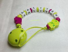 Schnullerkette Ente  Eule Wunschname Baby md183 von myduttel auf DaWanda.com