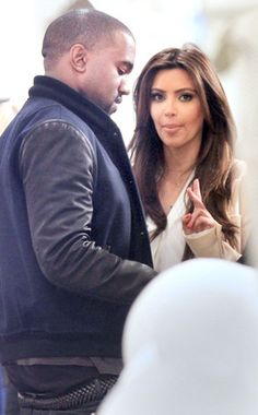 Can Kim Kardashian and Kanye West be the newest couple?! http://eonli.ne/HsRRrB