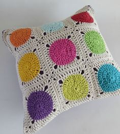 Dots Cushion cover -   Crochet  Cushion Cover - Afghan Motif