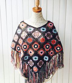crochet shawl et item 1040 http://ift.tt/22ZHN6i mooncakeshop January 14 2016 at 02:13AM crochet Crochet jacket crochet dress crochet shawl Bridal Shawl wedding shawl boho chic shawl wrap crochet afghan shawl