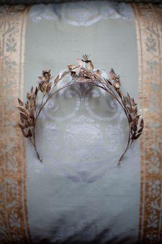 Edwardian bridal crown.  Photography by  Amanda Thomsen + Camilla Jørvad + Tine Hvolby