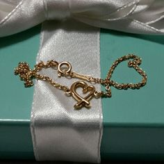Tiffany & Co. 18K Peloma Picaso Braclet TIFFANY & Co. 18 k Gold Peloma Picaso loving hearts Braclet Tiffany & Co. Jewelry Bracelets