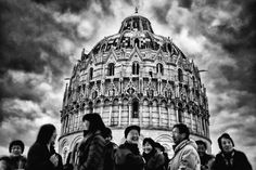 Happy tourists in Pisa by Alessandro Biggi on 500px