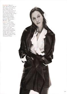 "US Harper's Bazaar August 1993 ""A White Shirt"" Model: Christy Turlington Photographer: David Sims Stylist: Unknown Hair: Guido Palau Makeup: Dick Page High School Cliques, David Sims, City Ballet, Vogue Us, Christy Turlington, Stunning Women, Harpers Bazaar, Leather Design, Vintage Photography"