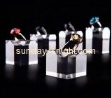Hot sale acrylic cube display clear acrylic display product display stands for ring JDK-079