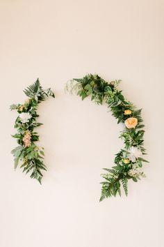 érdekes forma - interesting its form  Idyllic Floral Wedding Inspiration