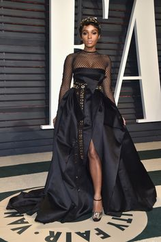 Oscars 2017: Janelle Monáe Takes Things Down A Notch at the Vanity Fair Party | Tom + Lorenzo