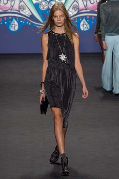 Anna Sui Spring 2015 Ready-to-Wear Fashion Show - Lexi Boling