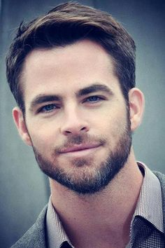 Chris Pine let's cuddle... you bearded beauty..
