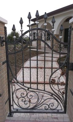 Iron gates designs with privacy screen iron special exclusively by olson iron wrought iron - Cancelletto in ferro battuto ...