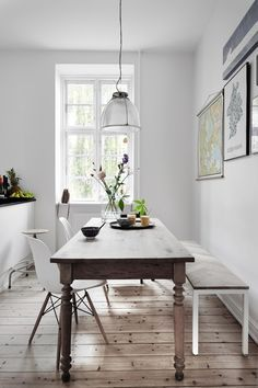 Simple Dining With Eames Dowel Leg Chair | http://SmartFurniture.com