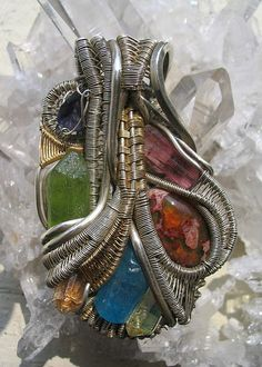 File:Wire wrapped jewelry.JPG